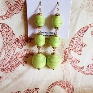 ♡NWT ADORABLE STATEMENT EARRINGS♡